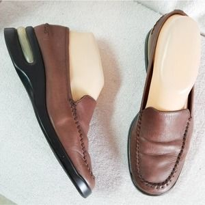 Cole Haan Nike Air brown leather comfort loafer
